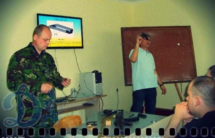 <div class='nh-date'>20. 05. 2016</div><div class='nh-desc'><a href='http://dynamo-lviv.com/navchannya-vohnevoji-pidhotovky-natsionalnoji-politsiji/'>Навчання вогневої підготовки національної поліції</a></div><div class='clr'></div><a class='news-reed-more' href='http://dynamo-lviv.com/navchannya-vohnevoji-pidhotovky-natsionalnoji-politsiji/'>читати</a>